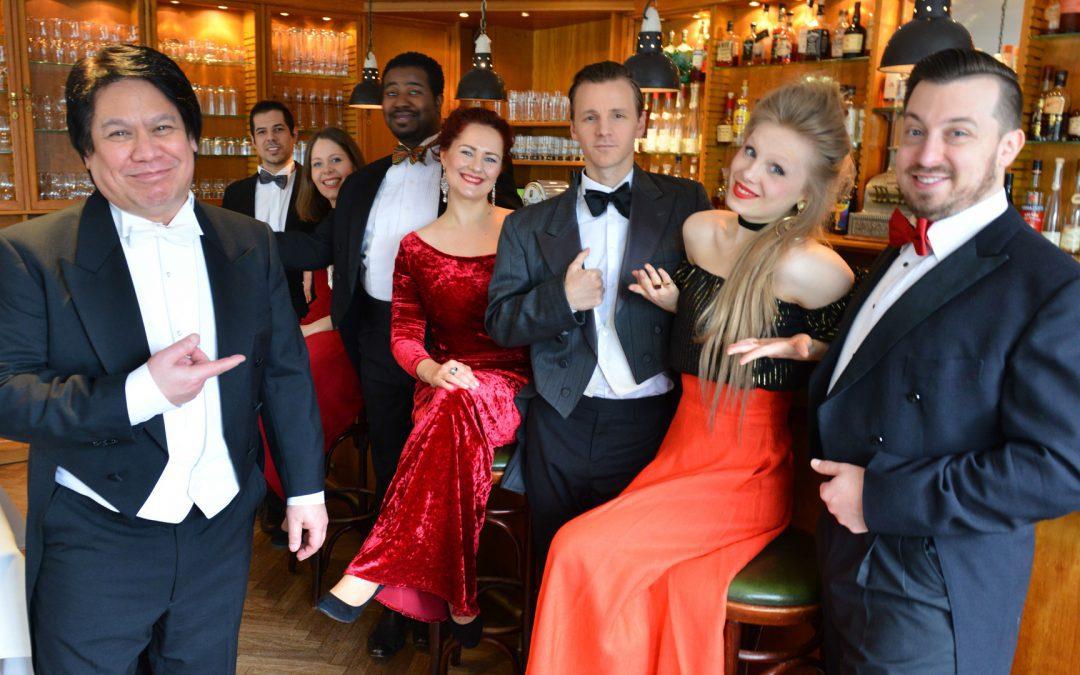 opera et cetera an der bar mit kip im vordergund